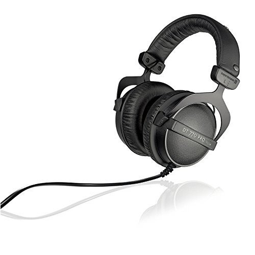 Beyerdynamic DT 770 PRO 32 Closed Dynamic Headphone for Mobile Control and Monitoring Applications 32 Ohms