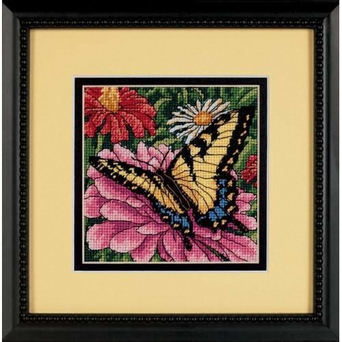D07232 - Dimensions Mini Needlepoint - Butterfly on Zinnia