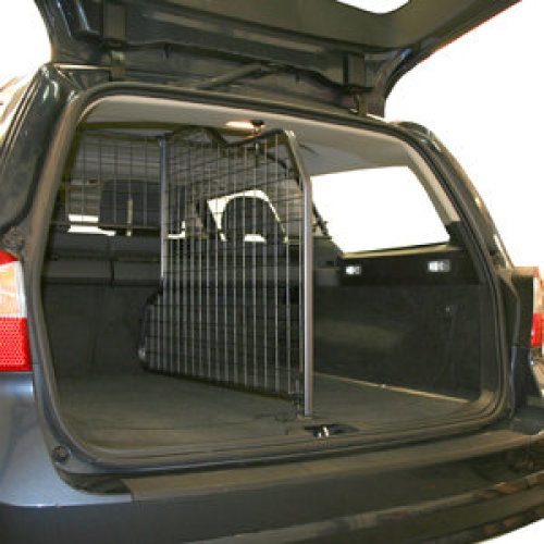 GuardsMan Dog Guard & Divider - Volvo V70 / Xc70 (2007-2016)