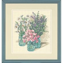D35122 - Dimensions Counted X Stitch - Wildflower Trio