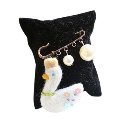 Cute Cartoon Animal Wool Felt Brooch Pin Clothing Accessories, Swan