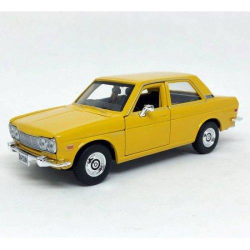 1:24 1971 Datuson 510 Diecast Car