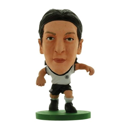 Soccerstarz Germany International Figurine Blister Pack Featuring Mesut Ozil - - Soccerstarz Germany Mesut Ozil Toy Football Figurines Soccer